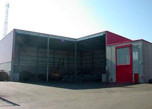 2006 | In Ybbs wir eine Halle (ein Zwischenlager) für gefährliche Abfälle neu erbaut.