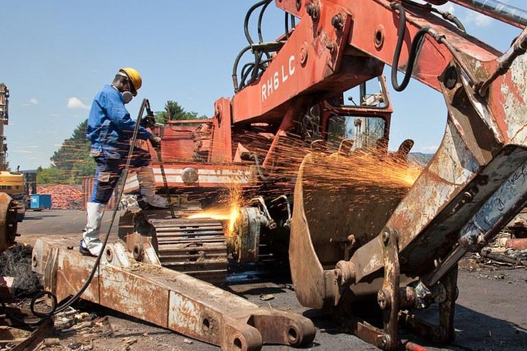 Industrial dismantling